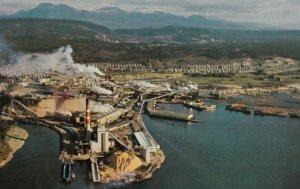 POWELL RIVER , B.C. , Canada , 50-60s ; MacMillan Bloedel Paper Mill-2