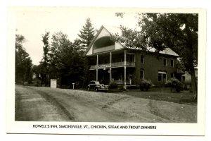 VT - Simonsville. Rowell's Inn, 1940's.  *RPPC