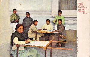 MEXICO CITY~THE HOLE IN THE WALL~WOMEN MAKING DRAWNWORK~J G HATTON POSTCARD 1910