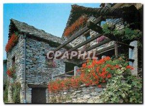Postcard Modern pittoresco Ticino Rustico in Verzasca Vogorno