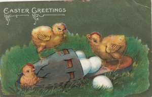 EASTER Greetings, PU-1908; Chicks opening parcel of eggs