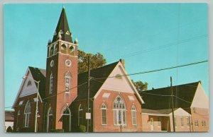 Seaford Delaware~Mt Olivet Methodist Church~Standard Chrome Postcard