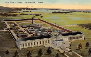 New Federal Prison Leavenworth, Kansas, USA 1916 paper wear on corners