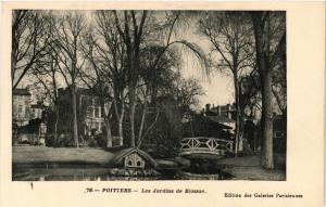 CPA POITIERS - Les Jardins de Blossac (255680)