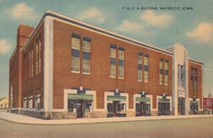 WATERLOO , Iowa , 30-40s ; Y.M.C.A.