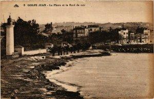 CPA Golfe Juan- Le Phare et le Bord de mer FRANCE (1005172)