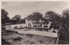 RP: Victoria Falls Hotel , Swimming Pool , Rhodesia , 30-40s