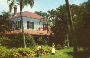 HOME AND SURROUNDING TROPICAL GARDEN OF THOMAS A. EDISON. FORT MYERS, FL