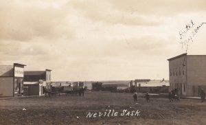 RP: Main Street [dirt] , NEVILLE , Saskatchewan , Canada , 00-10s
