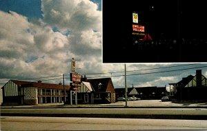 Kansas Wichita English Village Motor Lodge