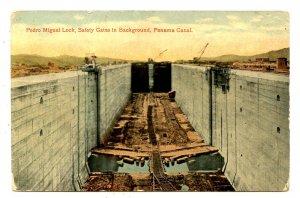 Panama - Canal Zone. Pedro Miguel Locks, Safety Gates