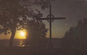 Sunset View, Christian Cross, La Croix du Chemin, Anse a Gilles, Montmagny, Q...
