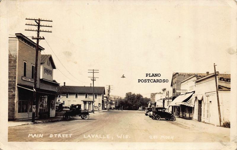 LAVALLE, WISCONSIN MAIN STREET RPPC REAL PHOTO POSTCARD
