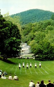 Virginia Hot Springs The Homestead Waiters' Tray Race