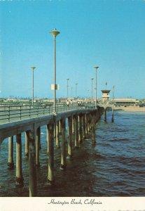 Postcard Huntington Beach California Pier Beach Look Unposted PC5.