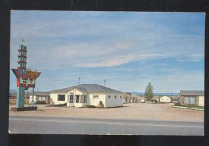 LARAMIE WYOMING SUPERIOR COURT MOTEL VINTAGE ADVERTISING POSTCARD CLAY CENTER