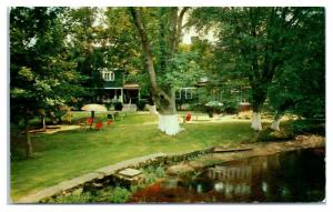 1950s/60s Famous Frank Friede's Riverside Inn, Smithtown Long Island NY Postcard