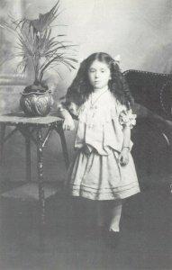 Postcard RMS Titanic Passenger Survivor Eva Miriam Hart (c1909) 82Y