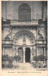 BF9494 tonnerre eglise saint pierre portail principal france      France