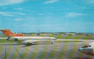 Pennsylvania Greater Pittsburgh International Airport Northwest Airlines Jet