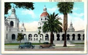Pasadena, California Postcard THE CITY HALL Building / Street View c1930s Unused