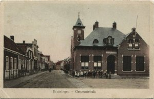 CPA AK Kruiningen Gemeentehuis NETHERLANDS (728870)