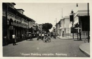 indonesia, JAVA BANDUNG, Groote Postweg Concordia, Lafayette 1920s RPPC Postcard