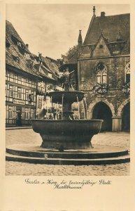 Postcard Germany Goslar am Harz Marktbrunnen
