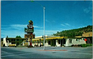 Durango, Colorado Postcard EDWARDS MANOR MOTEL 3077 Main Avenue Roadside 1960s