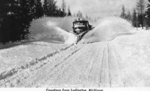 MI - Ludington. Snow Plow in Operation     *RPPC