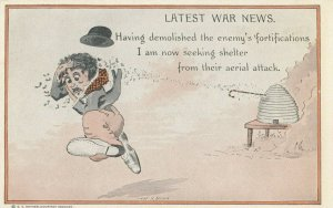Charlie Chaplin Little Tramp Comic , 00-10s ; Aerial Attack by bees