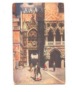 Women Walking, Porta della Carta, Venezia, Itay