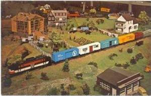 Toy Trains, CHOO-CHOO Barn, Strasburg, Pennsylvania, 40-60s