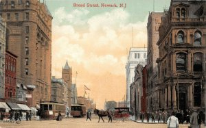 LPN98 Newark New Jersey Postcard Broad Street Town View Trolley