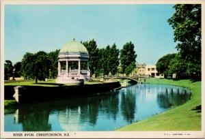 River Avon Christchurch New Zealand NZ Hastings c1968 Postcard D59