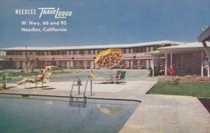 Route'66': NEEDLES , California , 1956 ; Travelodge / RT 66