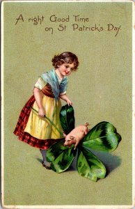 TUCK ST. PATRICK'S DAY W/ PIG ON FOUR LEAF CLOVER POSTED POSTCARD