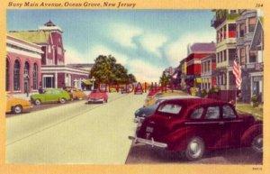BUSY MAIN AVENUE, OCEAN GROVE, NEW JERSEY circa 1950