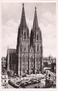 Germany Koeln Dom Westseite Festspiel