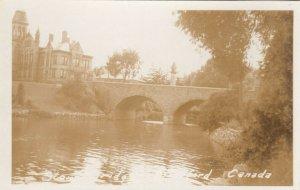 RP: STRATFORD , Ontario , Canada , 1930s-40s ; Bridge