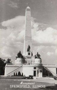 RP: SPRINGFIELD , Illinois, 1930-40s ; Monument