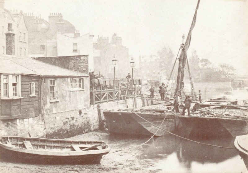 London Postcard, c1860-70 Coal barges being unloaded Lindsey Wharf Chelsea 94X
