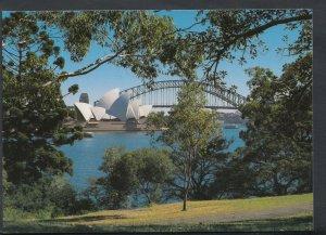 Australia Postcard - The Harbour Bridge, Sydney, New South Wales   T737