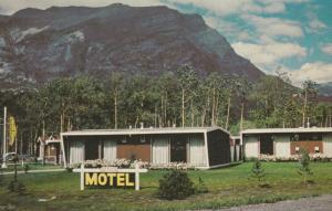 CANMORE , Alberta , Canada , 50-60s ; Green Acres Motel