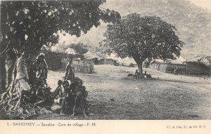 uk41996 savalou coin de village dahomey