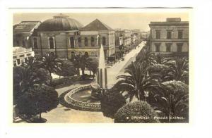 RP; Brindisi , ITALY, 20-40s ; Piazza Cairoli #2