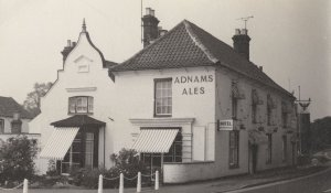 Wrentham Spread Eagle Suffolk Pub Hotel Rare RPC Postcard