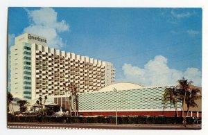 Postcard The Americana Hotel Bal Harbour Florida Standard View Card