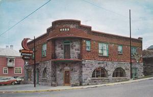Hotel et Restaurant Croissant d'Or , RIVIERE DU LOUP , Quebec , Canada , PU-1960