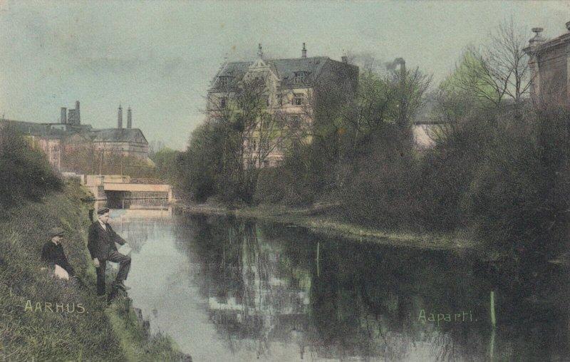 AARHUS, Denmark, 1900-10s; Aaparti, Men on the river shore